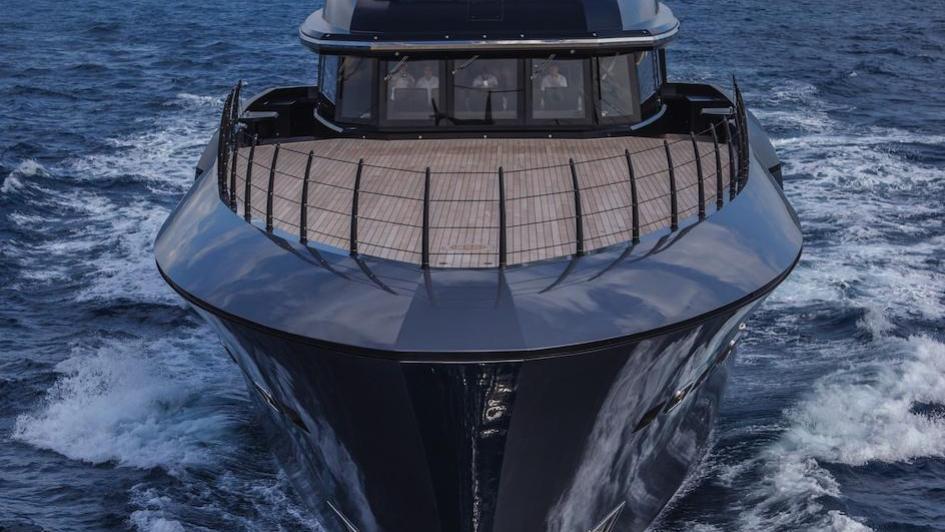 Atlante-motor-yacht-crn-2015-55m-bow