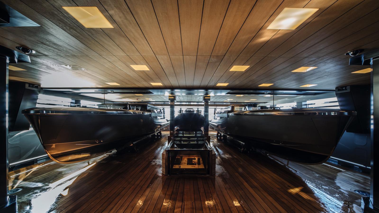 Atlante-motor-yacht-crn-2015-55m-tender-garage