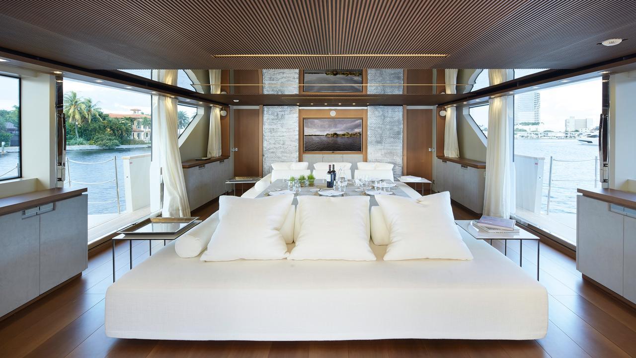 0-motor-yacht-sanlorenzo-2014-34m-dining-living