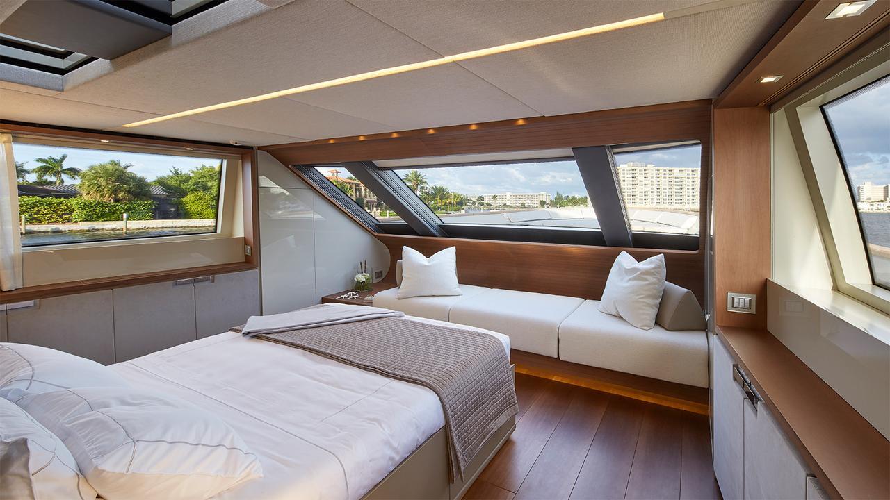 0-motor-yacht-sanlorenzo-2014-34m-cabin