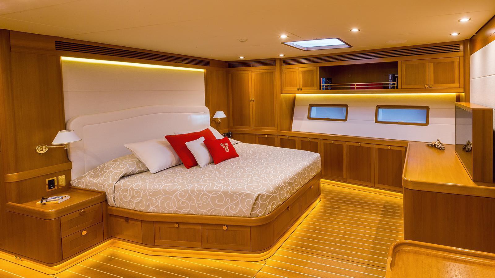 doryan-sailing-yacht-2015-35m-state-room