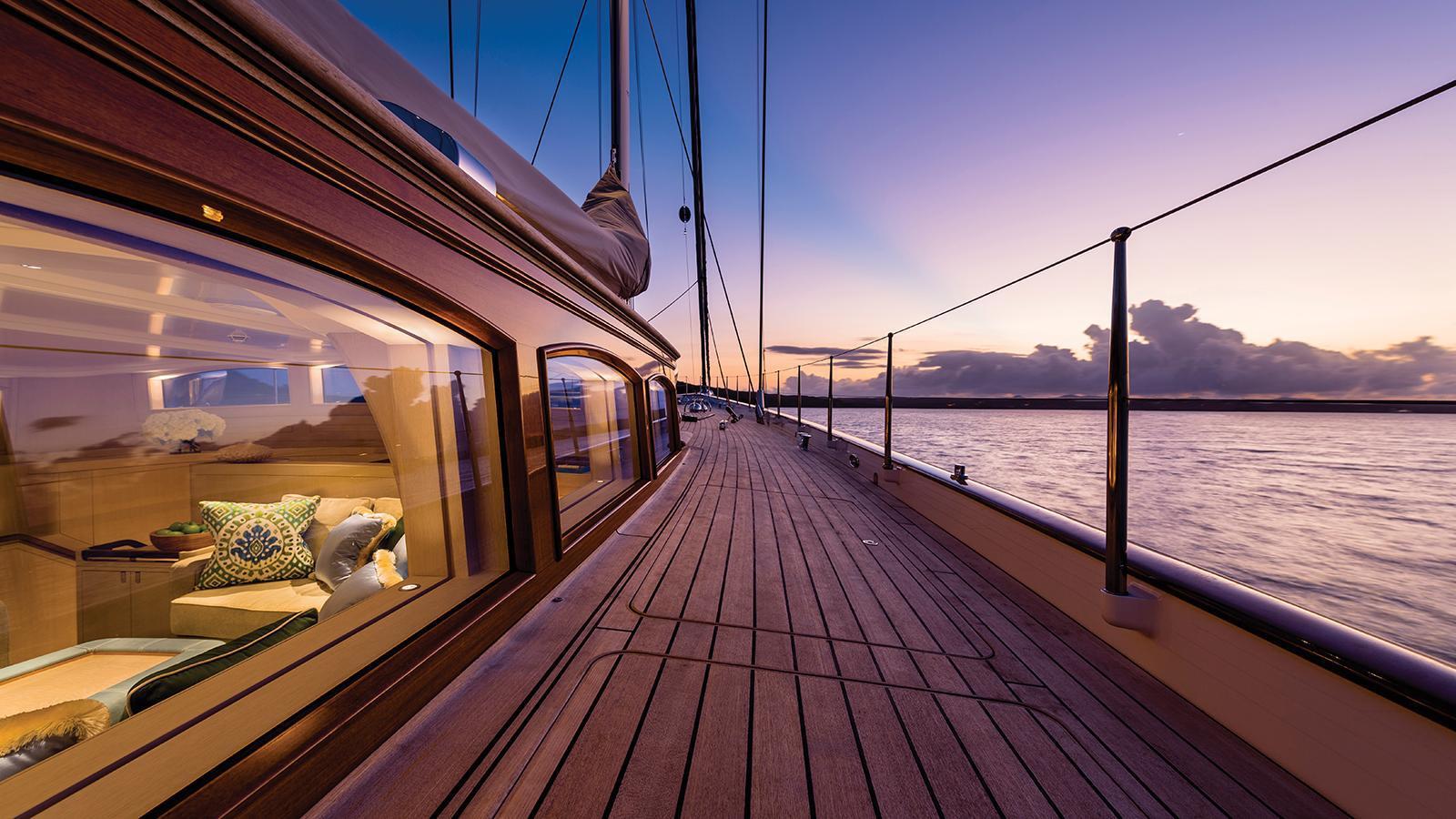 elfje-sailing-yacht-royal-huisman-2014-52m-deck