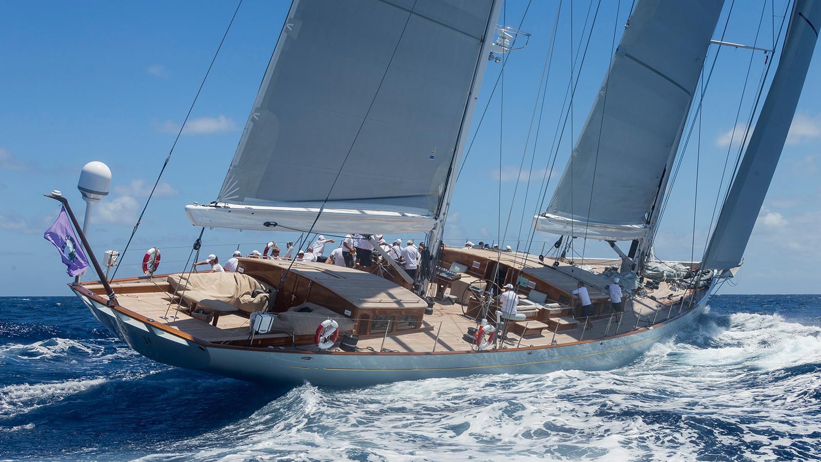 elfje-sailing-yacht-royal-huisman-2014-52m-cruising