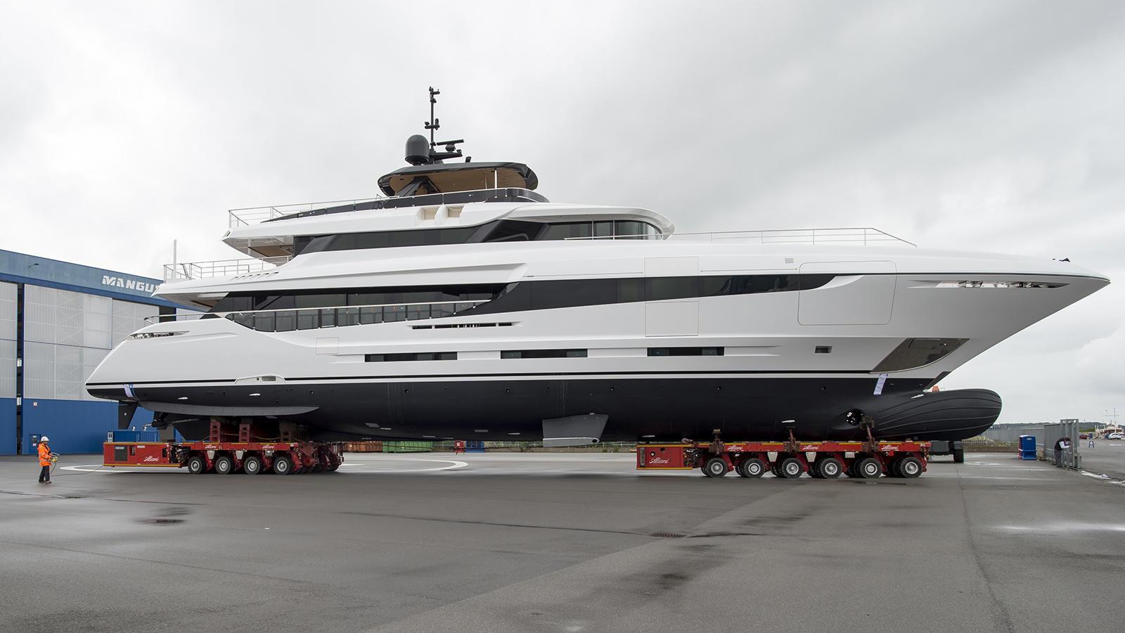 namaste motoryacht overmarine oceano 42 2016 43m launch