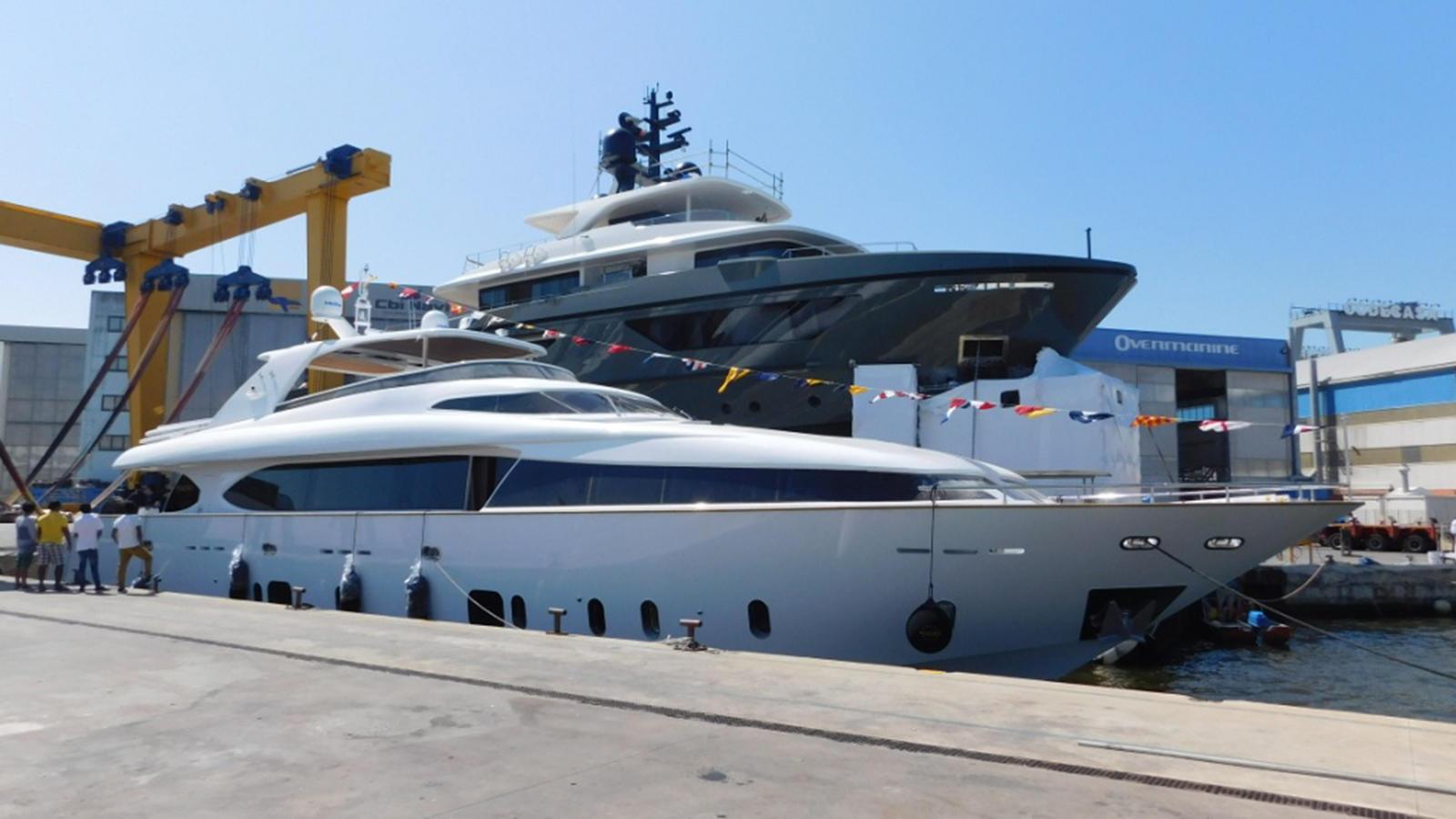 maiora-33fb-motor-yacht-2016-32m-launch-berth