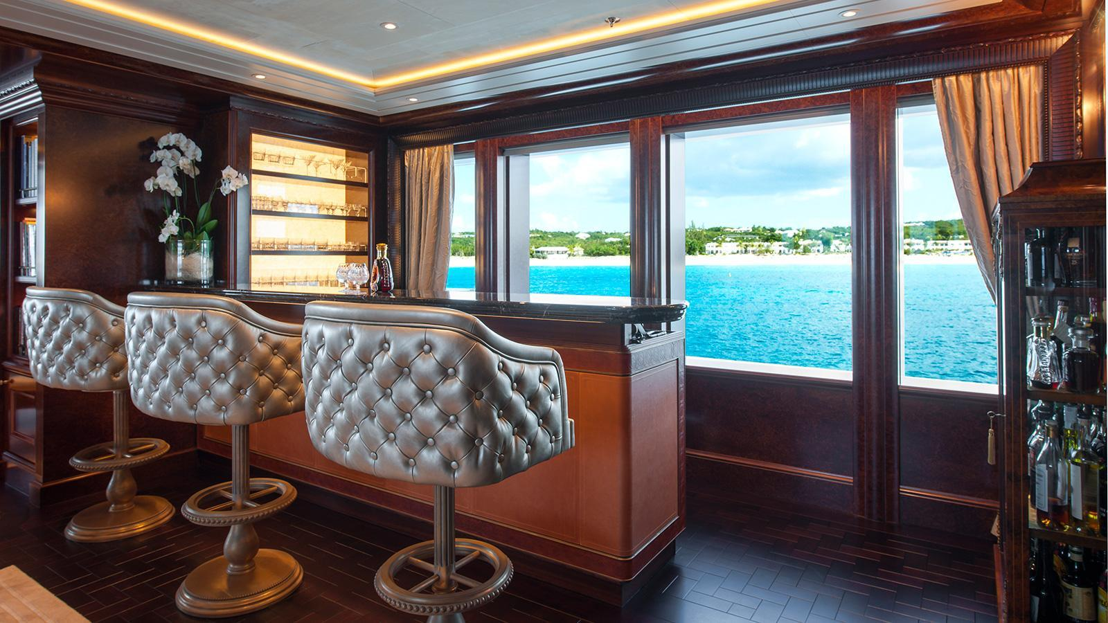 iroquois ester iii motor yacht lurssen 2014 66m bar