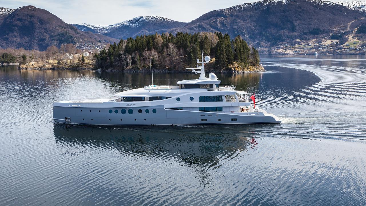 event-motor-yacht-amels-199-2013-62m-profile