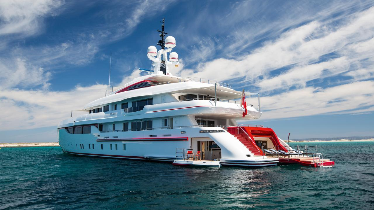 forever-one-motor-yacht-isa-2014-55m-half-stern