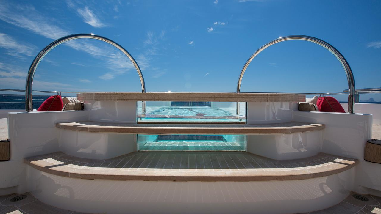forever-one-motor-yacht-isa-2014-55m-swimming-pool
