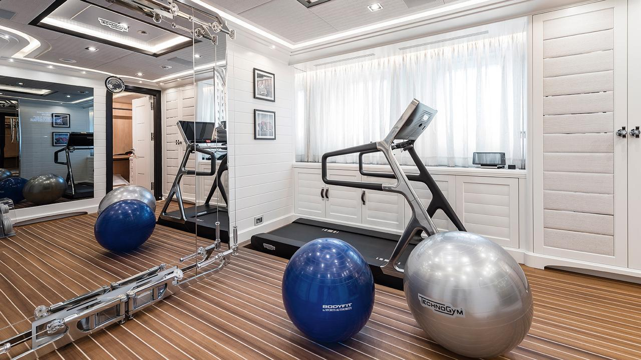 forever-one-motor-yacht-isa-2014-55m-gym