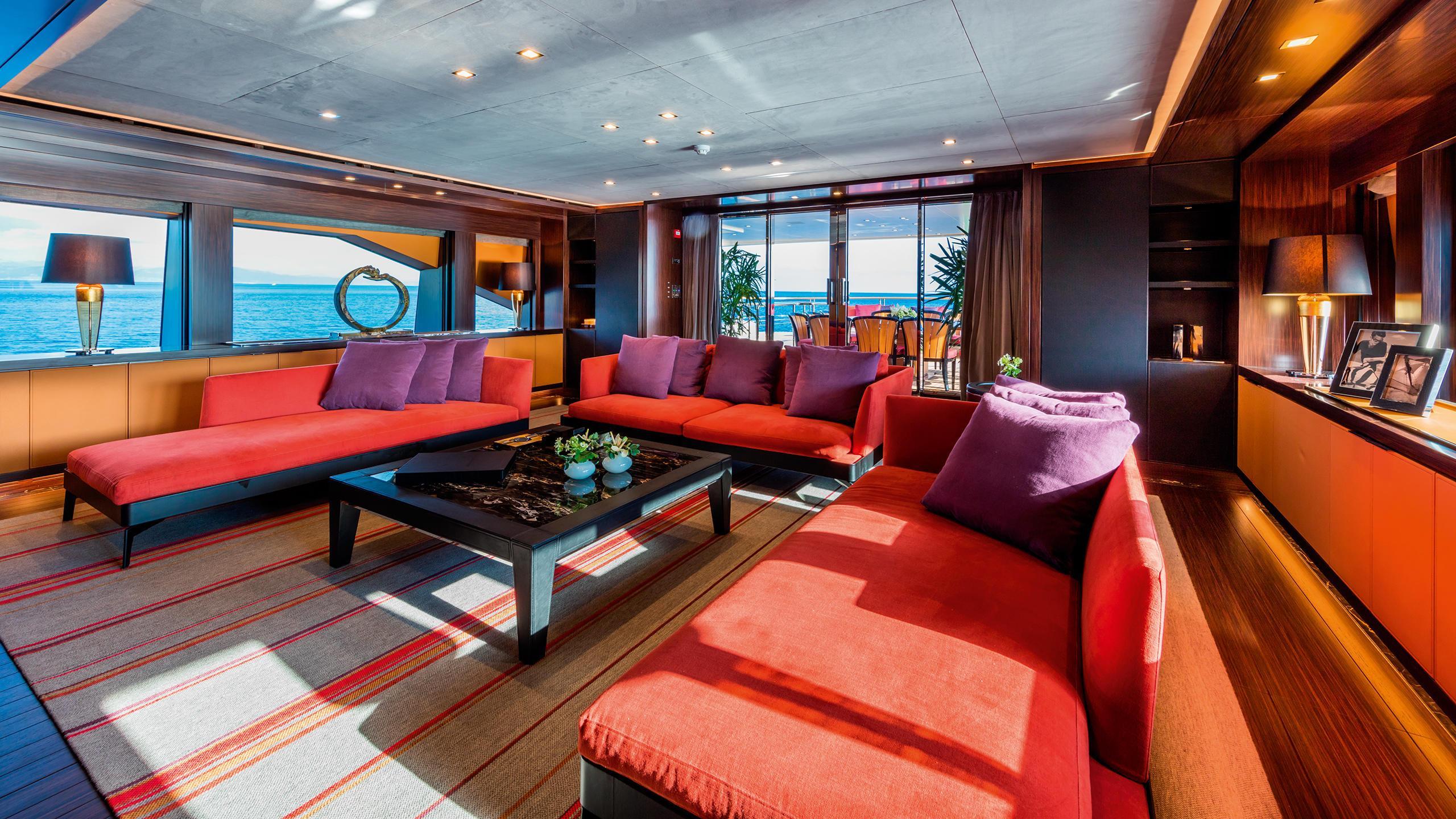 serenity-motor-yacht-mondomarine-2015-42m-red-saloon