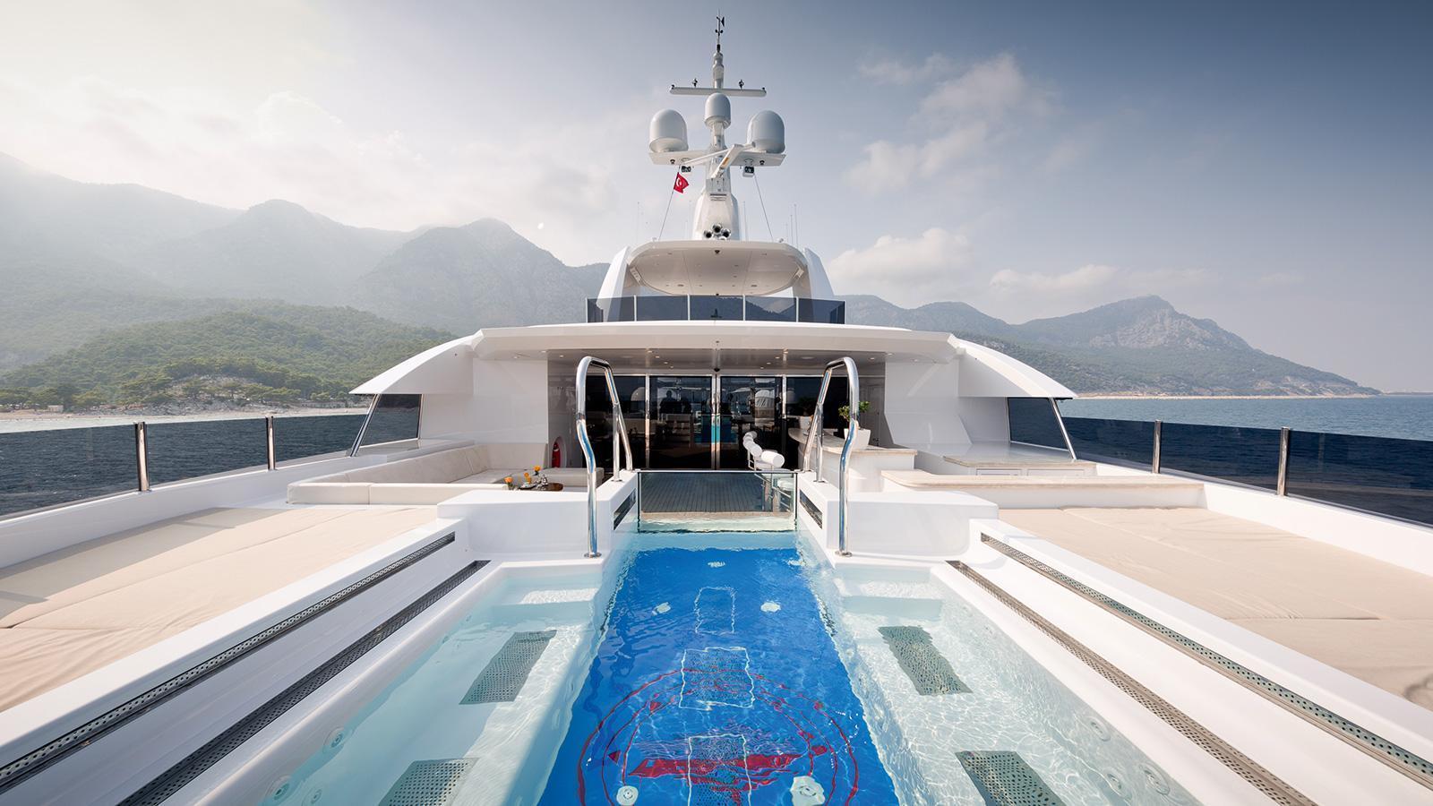 irimari-motor-yacht-sunrise-2015-63m-pool-on-deck