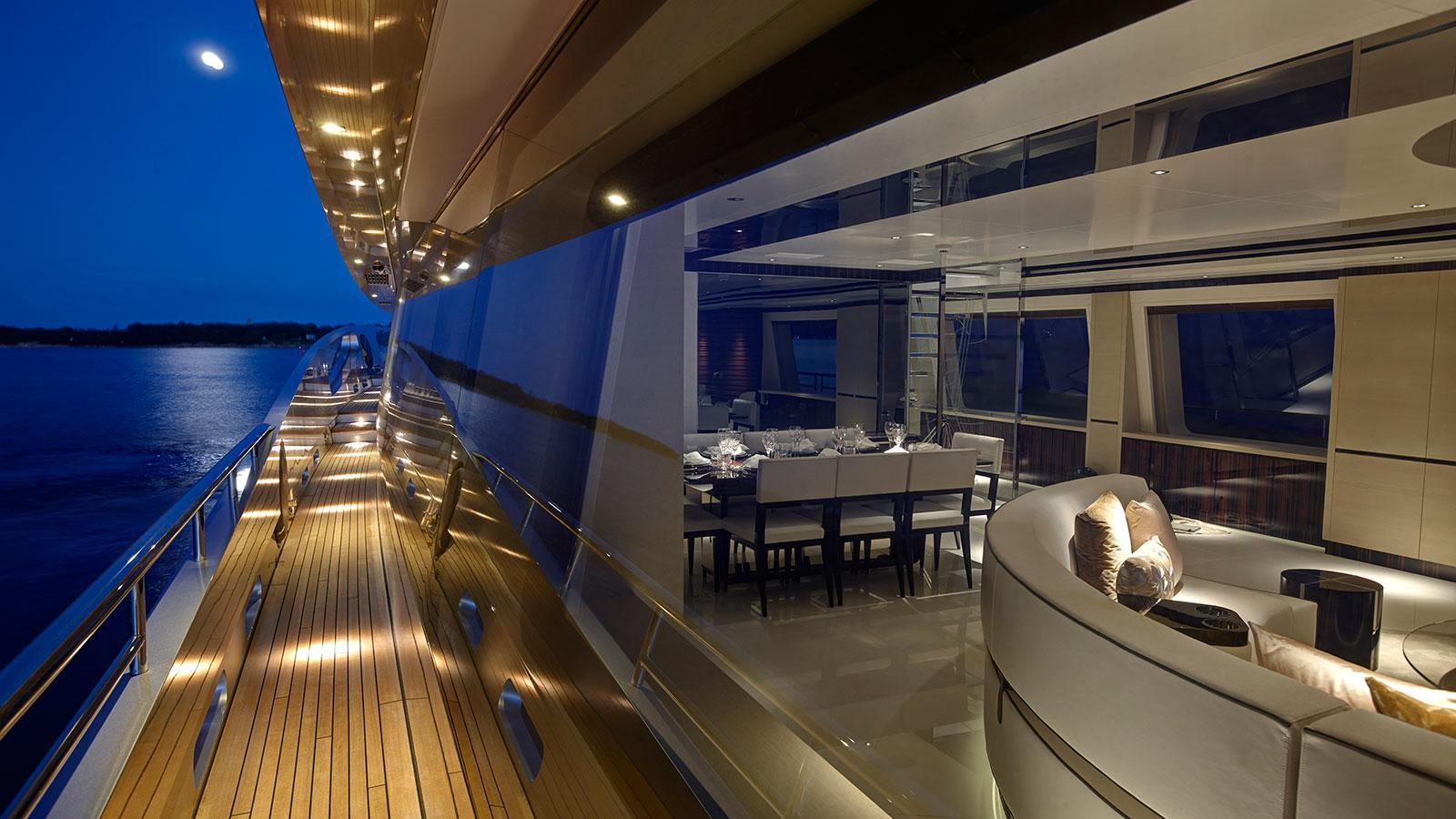 lady-may-motor-yacht-feadship-46m-2014-side-deck