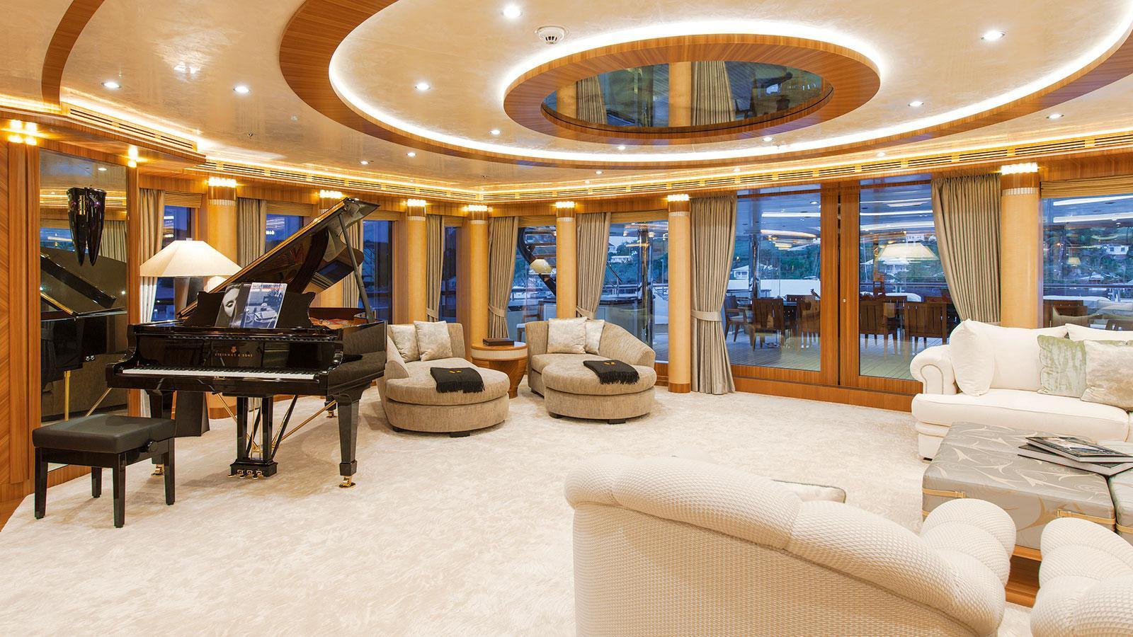 quattroelle-motor-yacht-lurssen-2013-86m-sky-lounge