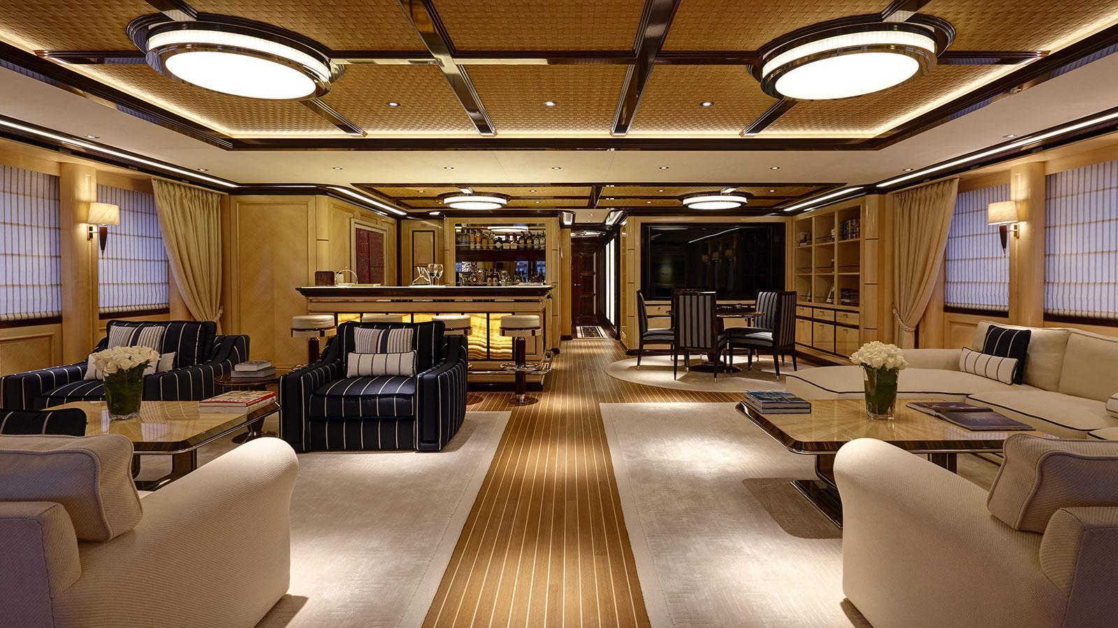 rock-it-motor-yacht-feadship-2014-60m-deck-lounge