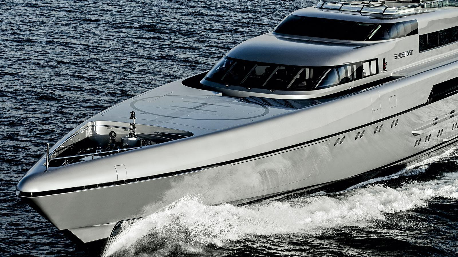 silver-fast-motor-yacht-2015-77m-cruising-bow