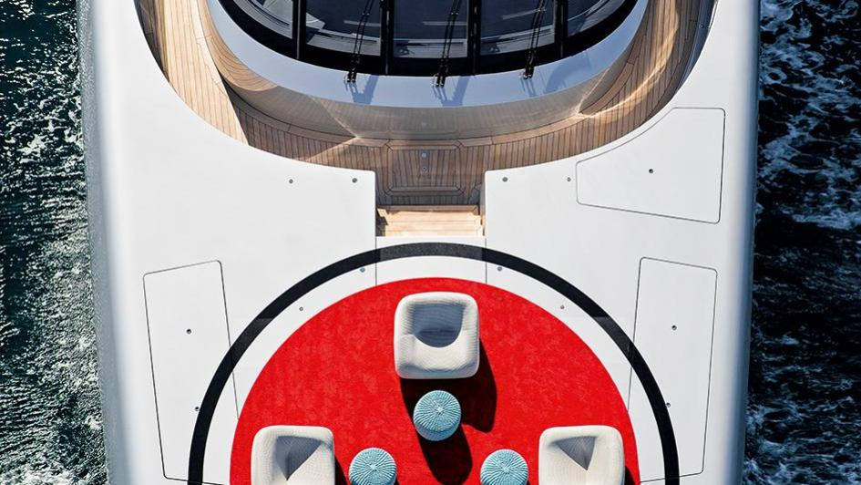 silver-fast-motor-yacht-2015-77m-aerial-bow