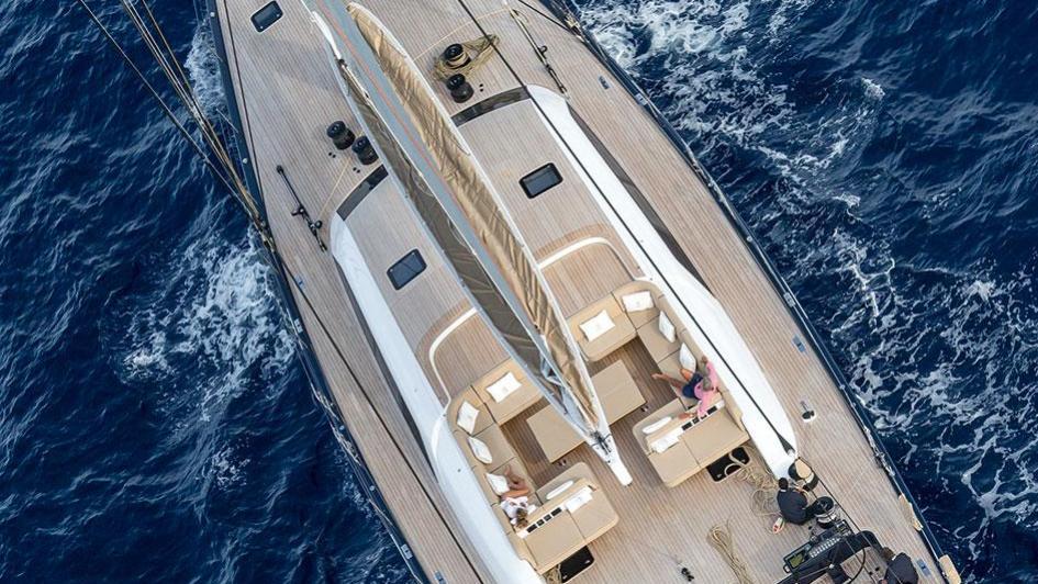 solleone-motor-yacht-nautors-swan-115-s-2015-35m-aerial-cruising