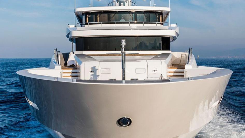 suerte-motor-yacht-tankoa-2015-69m-bow