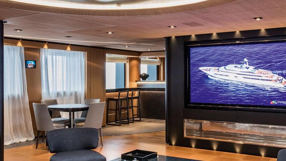 suerte-motor-yacht-tankoa-2015-69m-sky-lounge