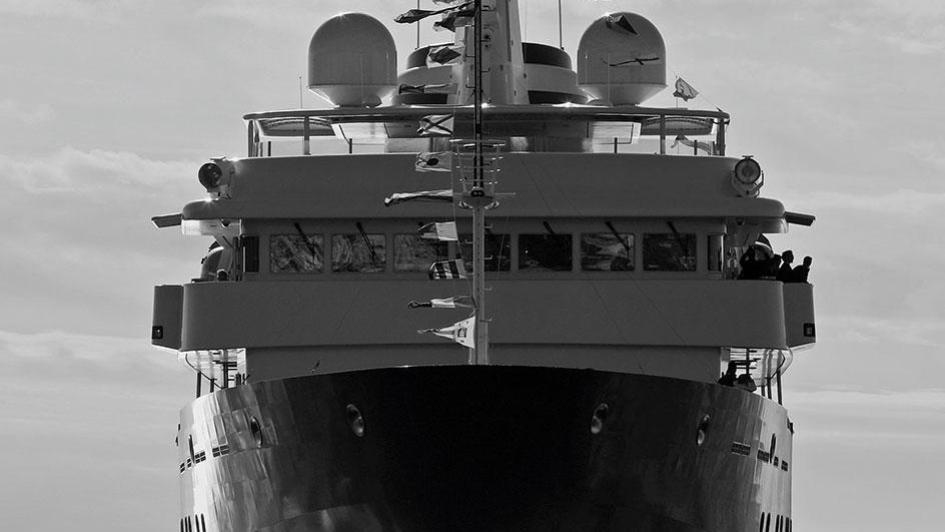 yersin-explorer-yacht-piriou-2015-77m-bow