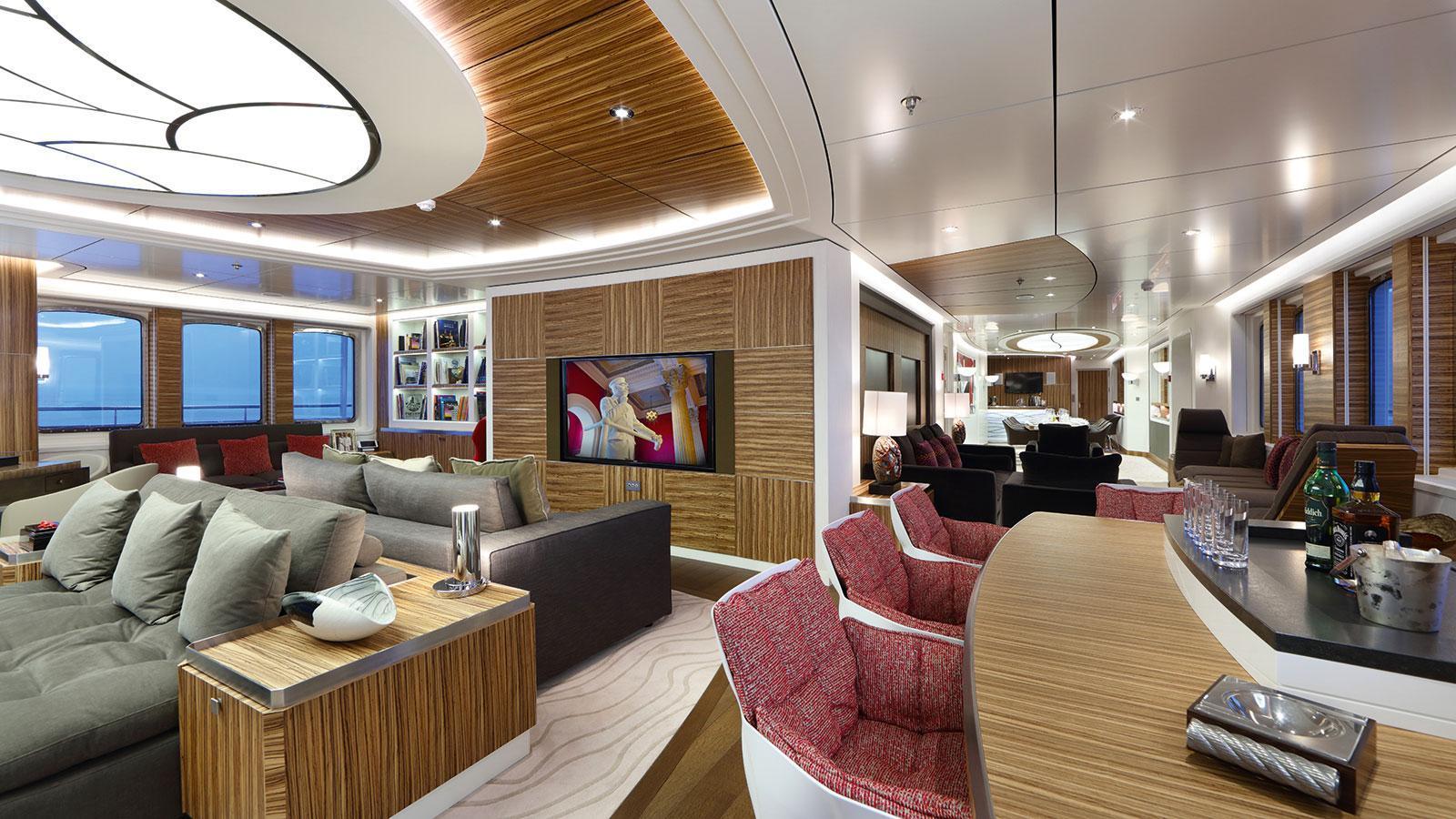 yersin-explorer-yacht-piriou-2015-77m-saloon
