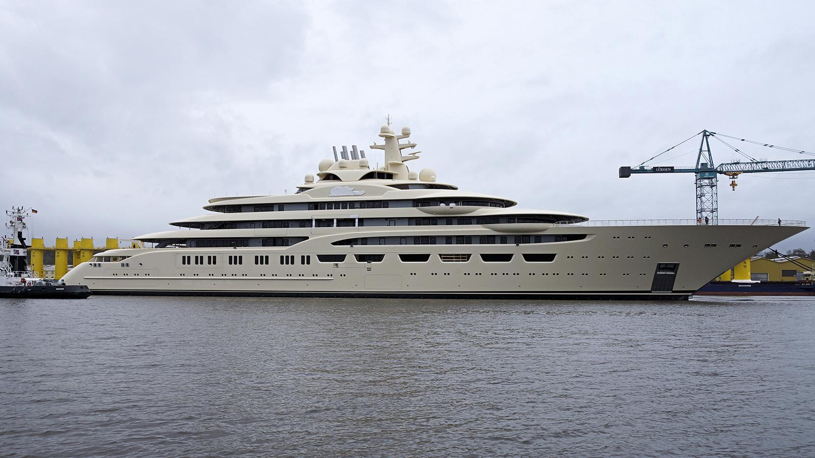dilbar-motor-yacht-lurssen-2016-156m-shipyard-profile