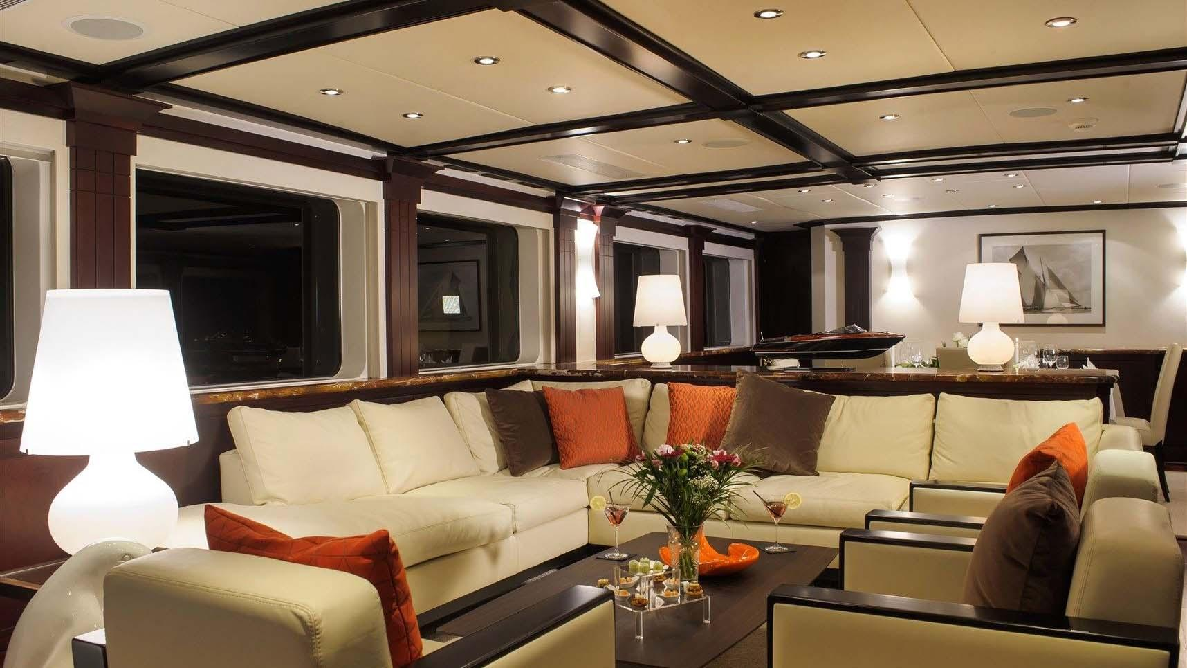 L-ALBATROS-super-yacht-for-sale-saloon