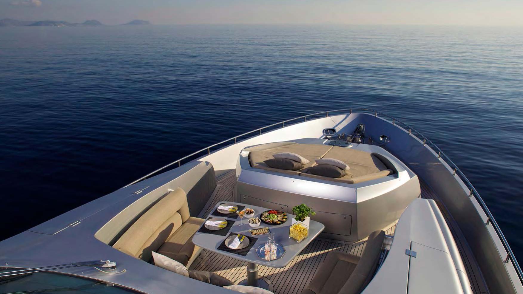 solaris-super-yacht-for-sale-bow