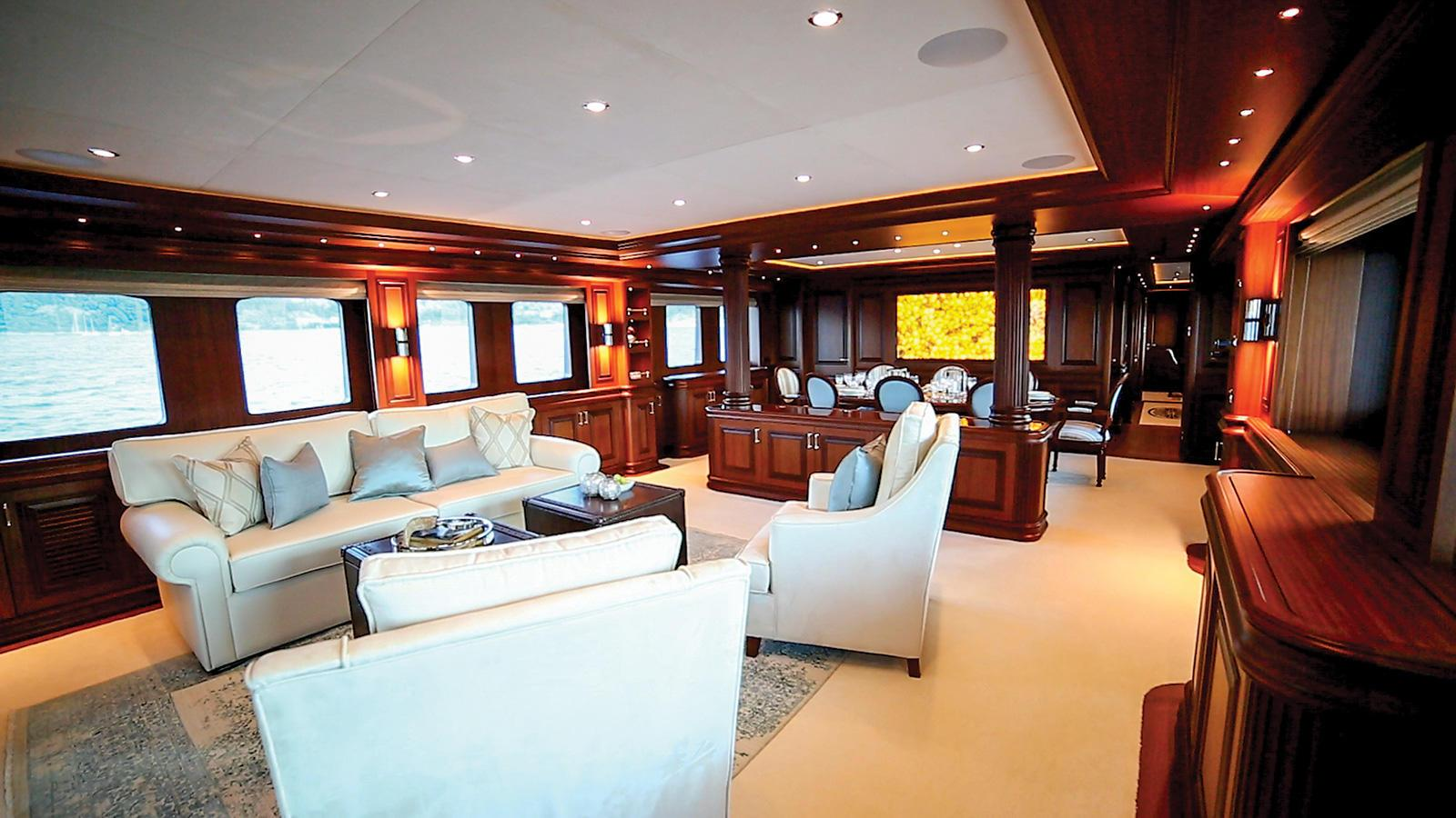 clarity-motor-yacht-bilgin-classic-160-2015-49m-upper-lounge