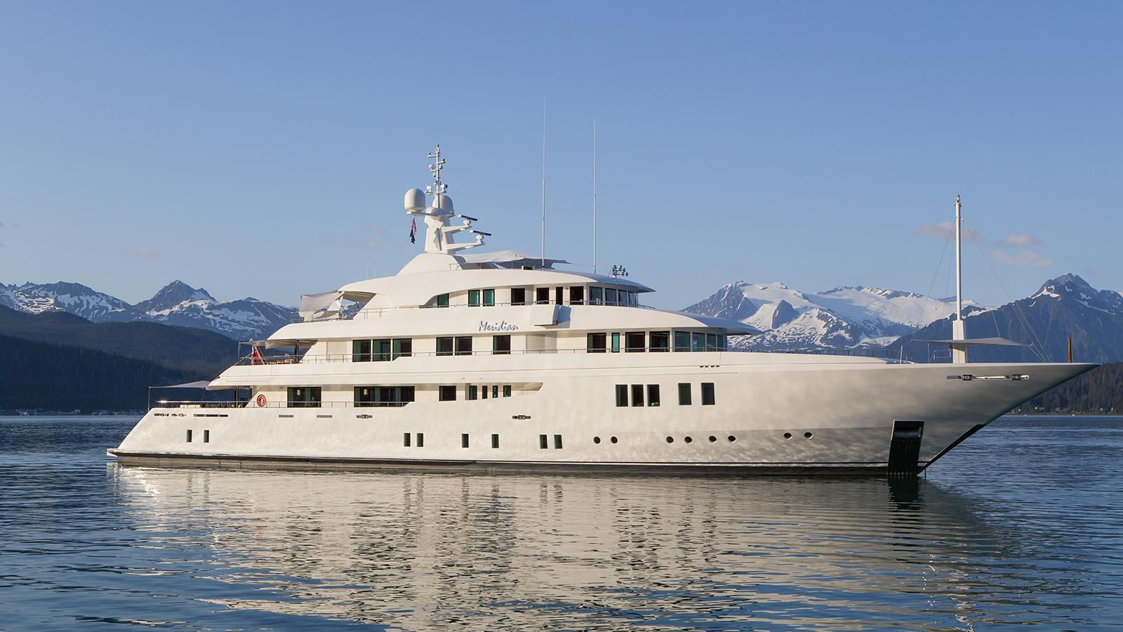 meridian-motor-yacht-icon-2012-62m-profile