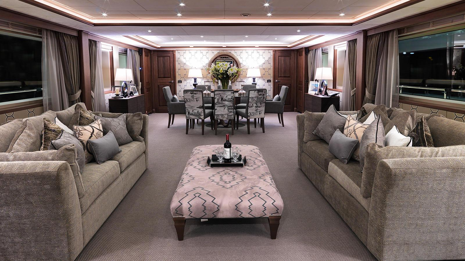 storm-motor-yacht-cantiere-dell-marche-darwin-107-2015-33m-living-dining