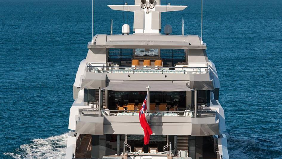 iroquois ester iii motor yacht lurssen 2014 66m cruising aft view