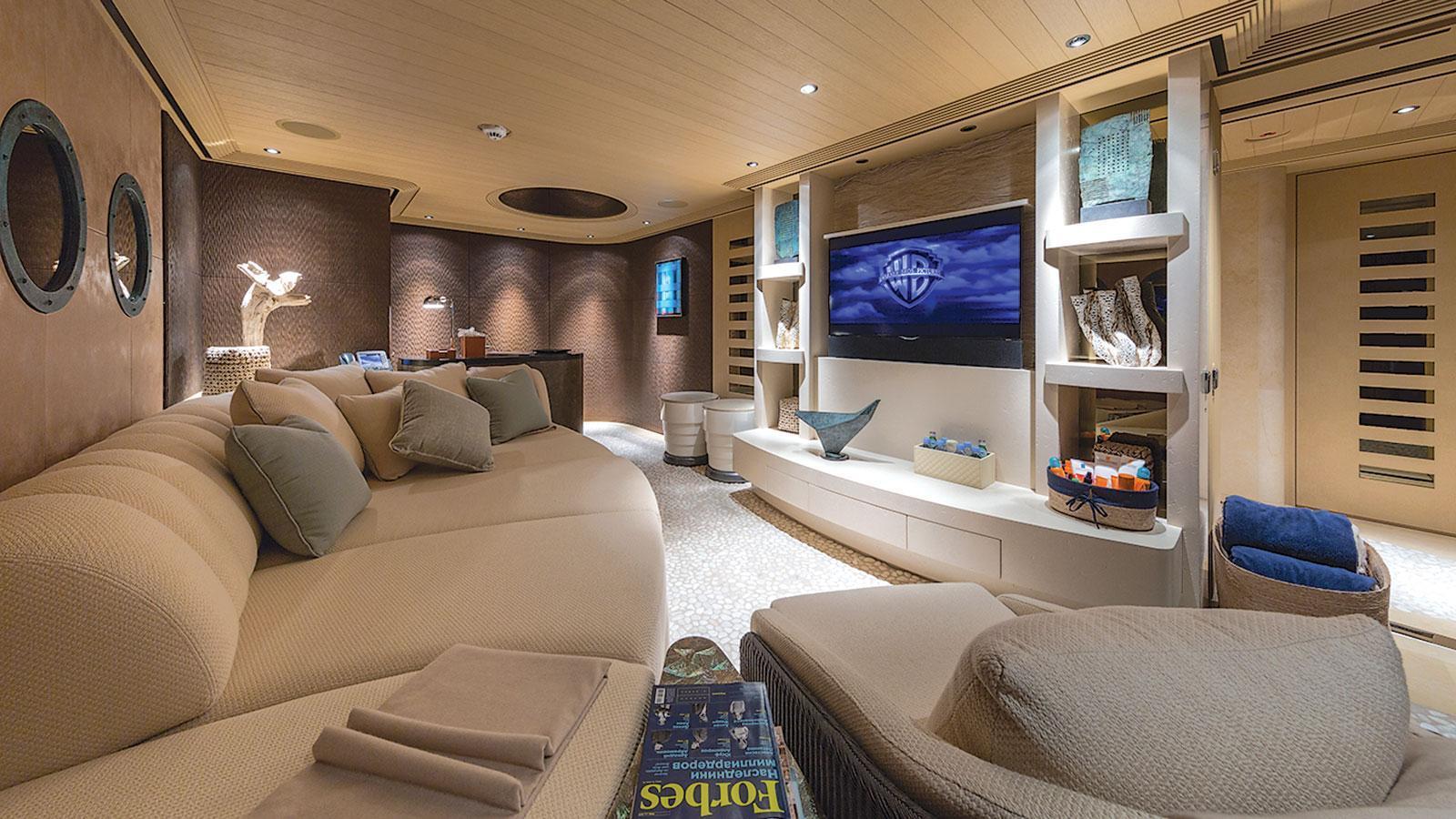 romea-motor-yacht-abeking-rasmussen-2015-82m-media-room