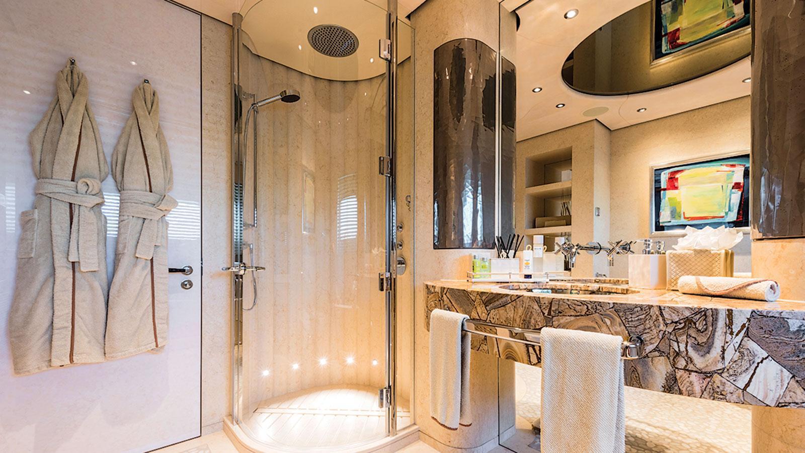 romea-motor-yacht-abeking-rasmussen-2015-82m-master-bathroom