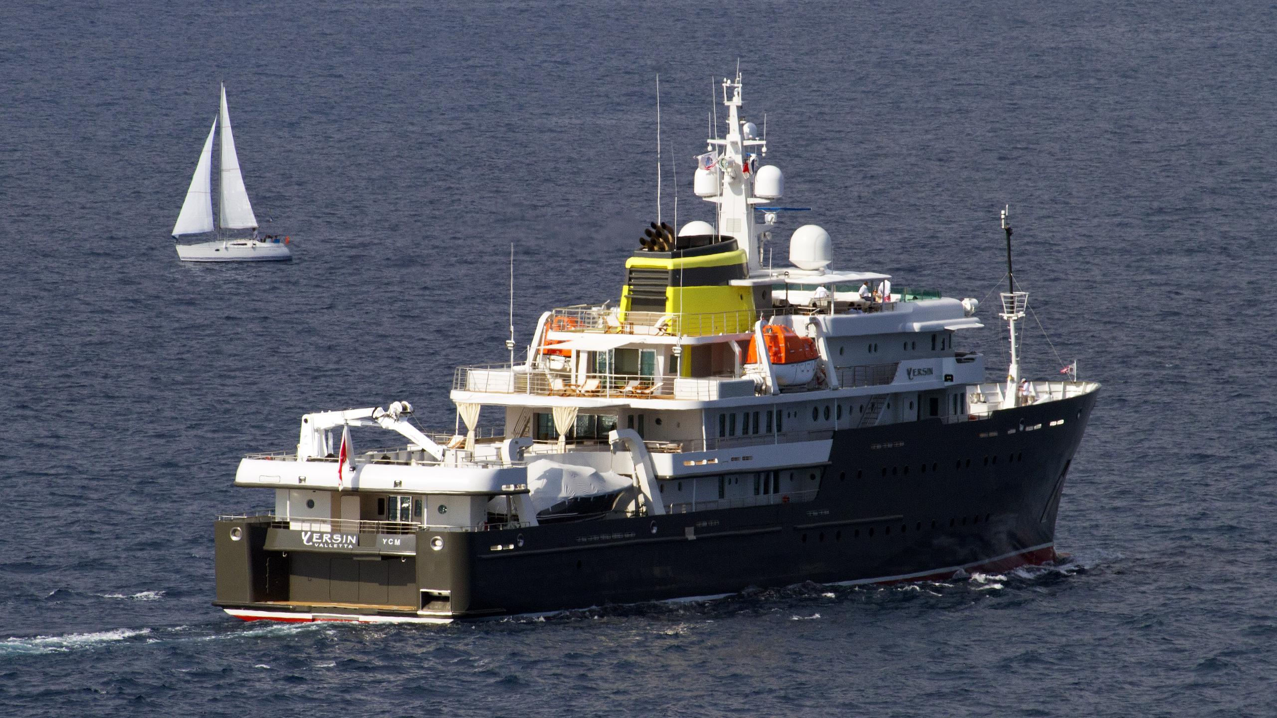 yersin-explorer-yacht-piriou-2015-77m-running-half-stern
