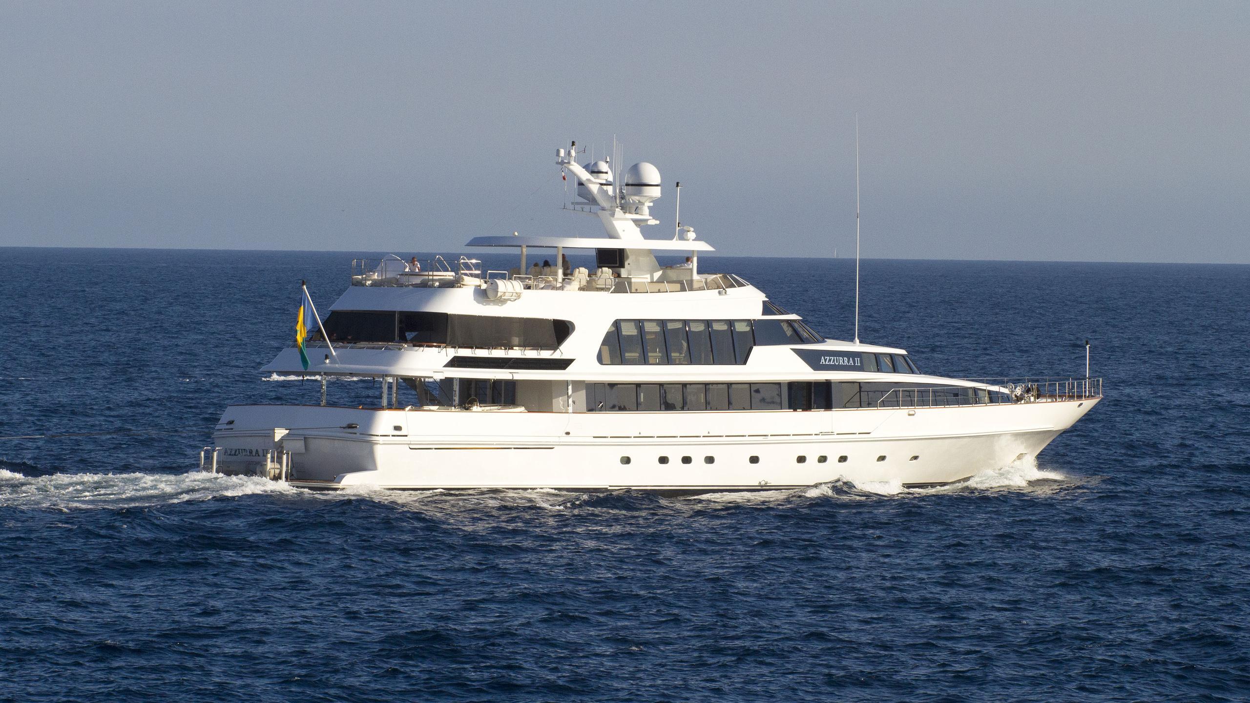 azzurra-ii-motor-yacht-crn-1988-48m-running-half-stern
