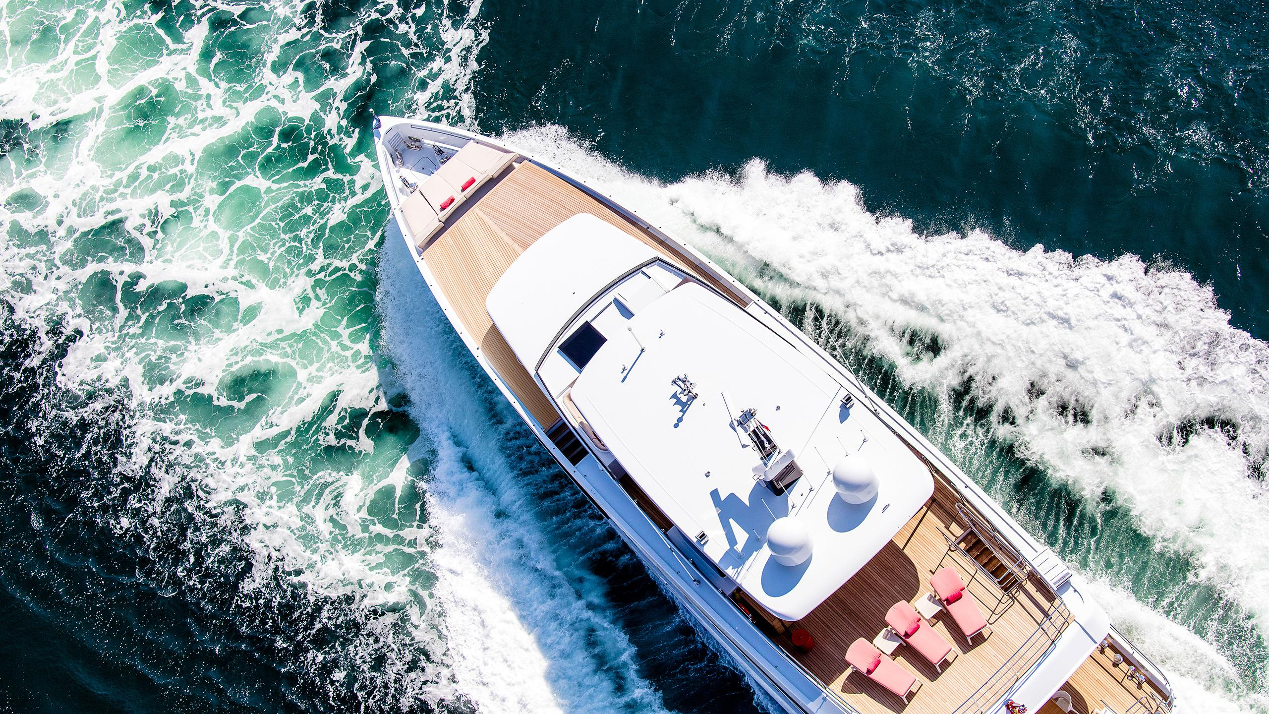 moon-sand-too-super-yacht-feadship-2016-34-metre-aerial-view