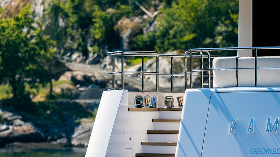 Kamino-super-yacht-feadship-2016-34-metres-transom