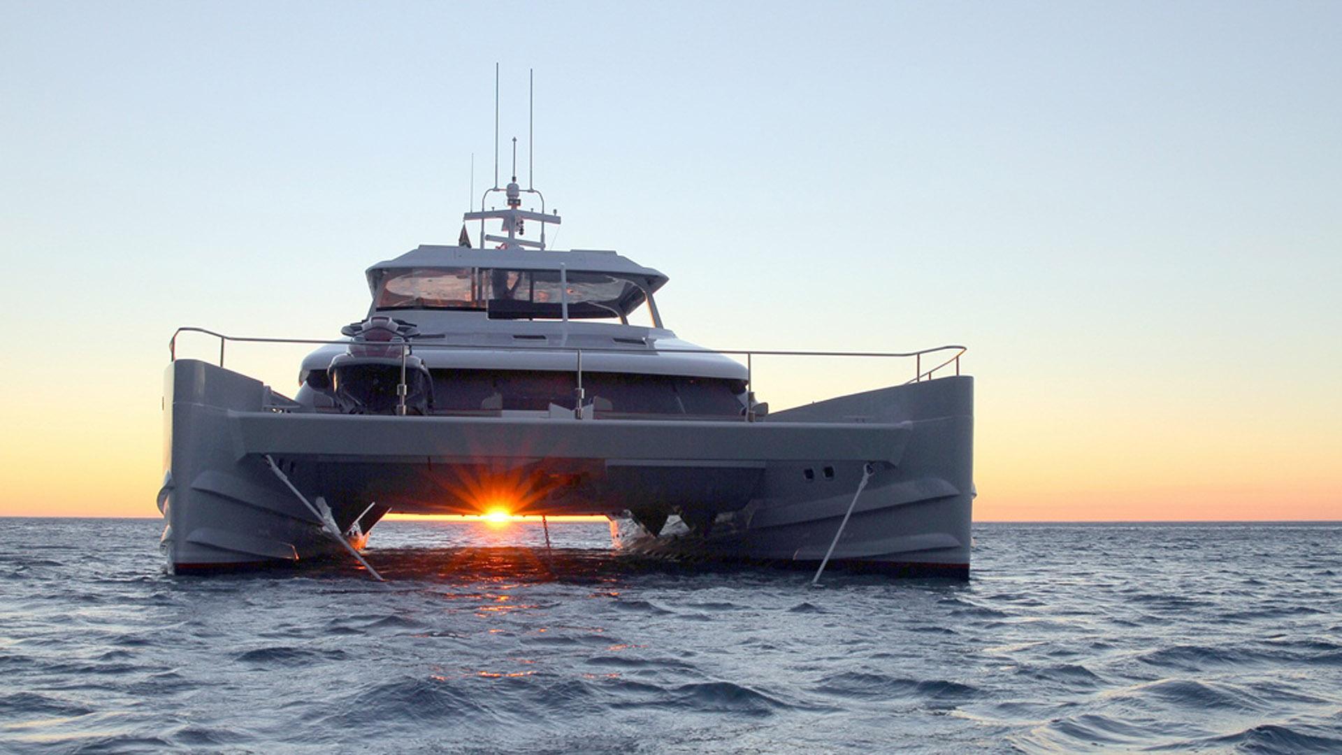 ultra vires catamaran motoryacht two oceans marine 2016 25m bow