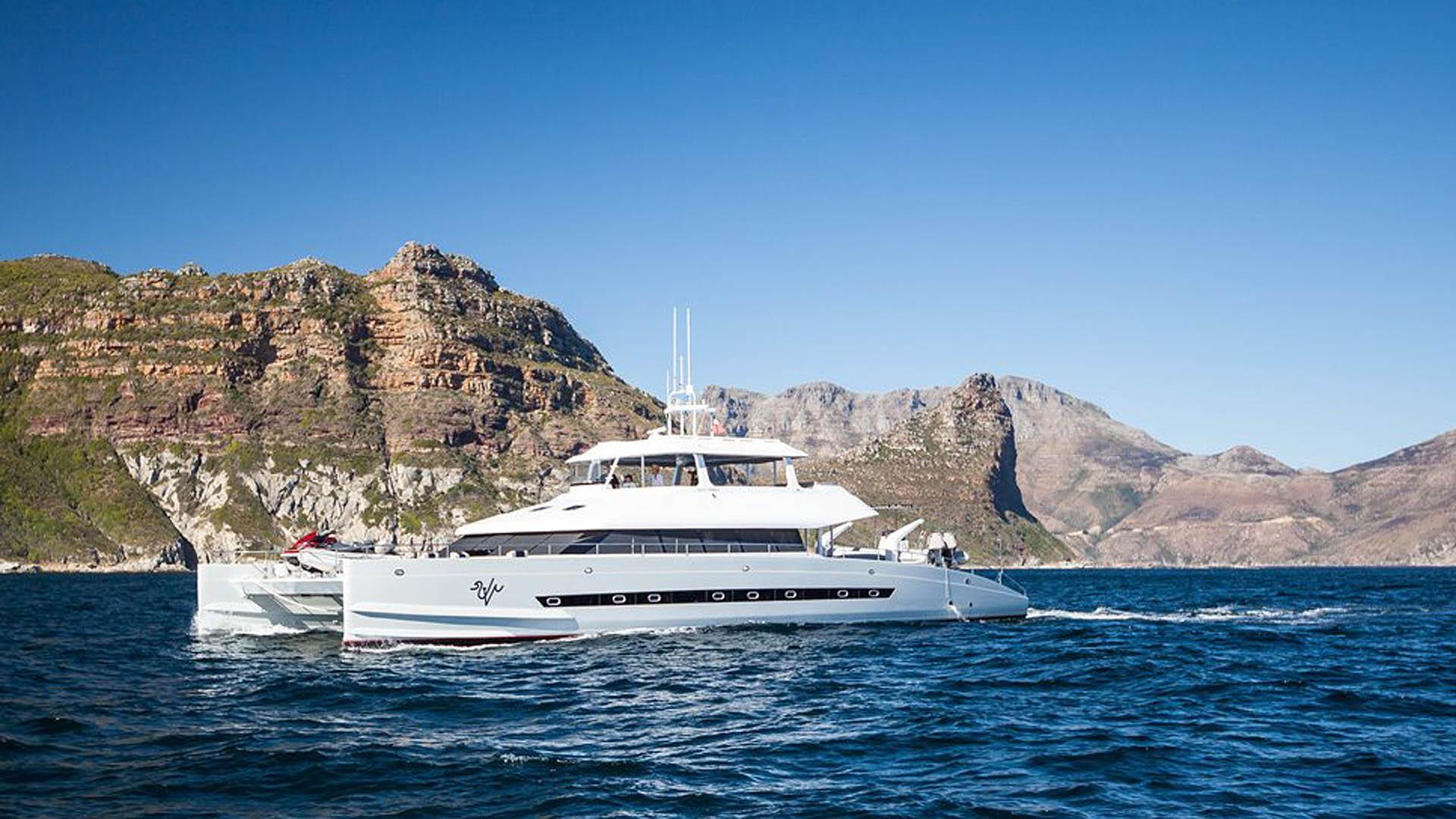 ultra vires catamaran motoryacht two oceans marine 2016 25m running profile
