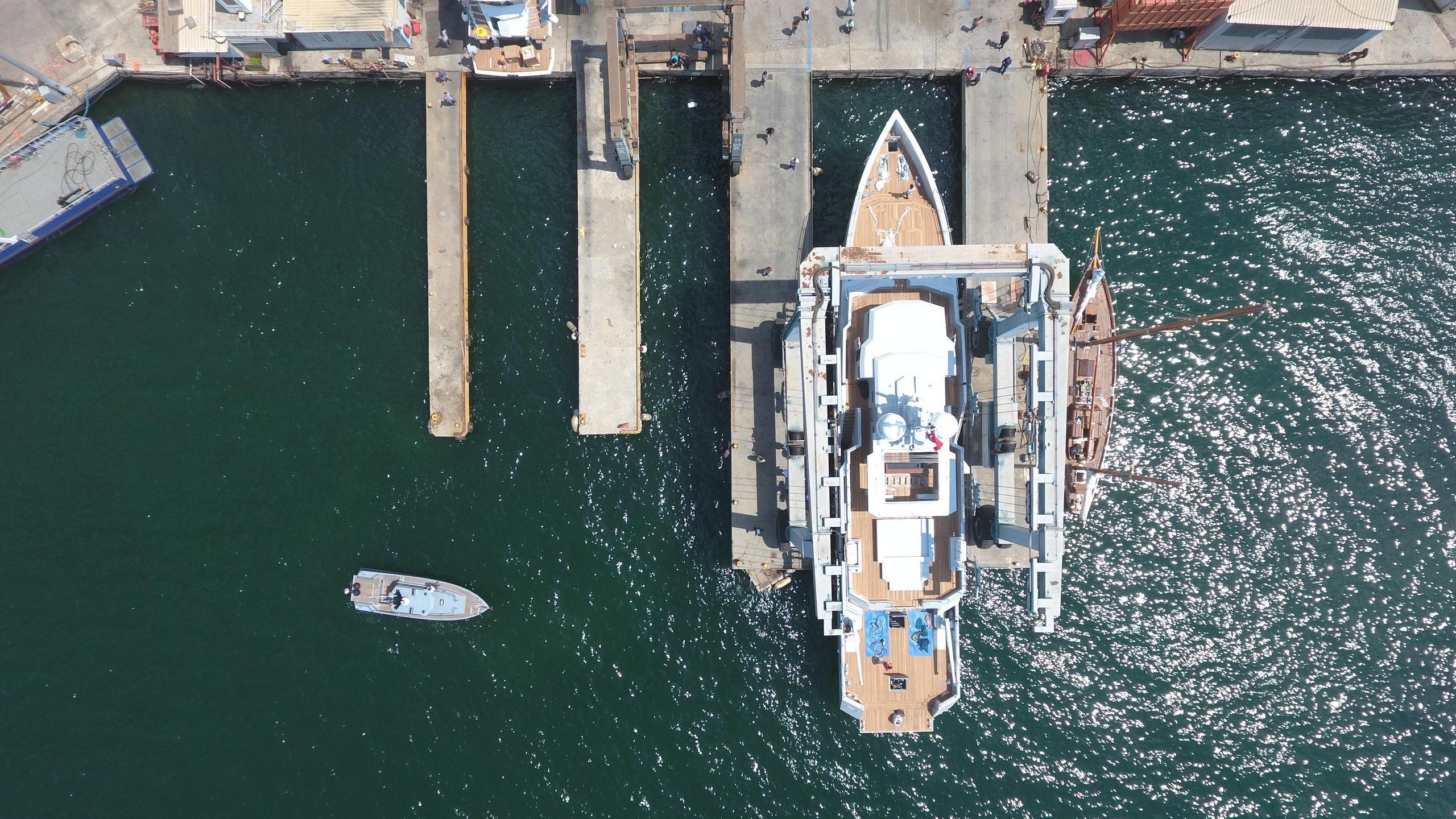 sexy fish motoryacht tansu yachts 2016 39m aerial launch