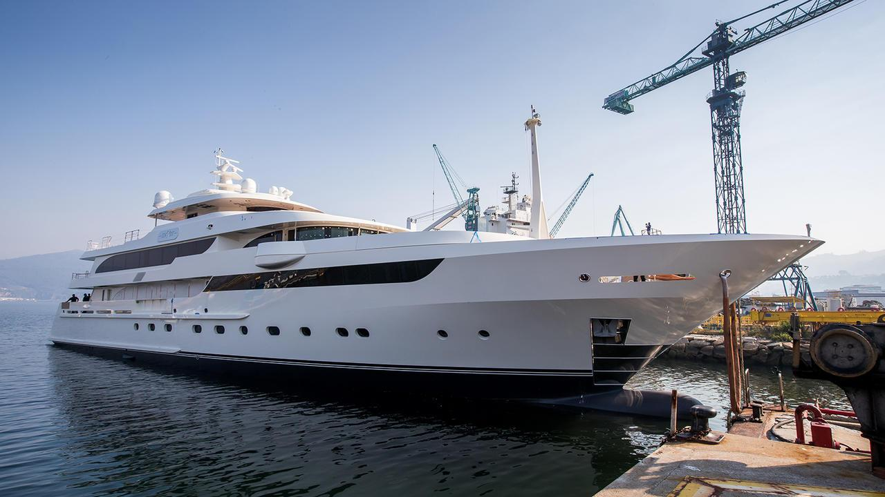 maybe motoryacht metalships 2016 59m half profile launch