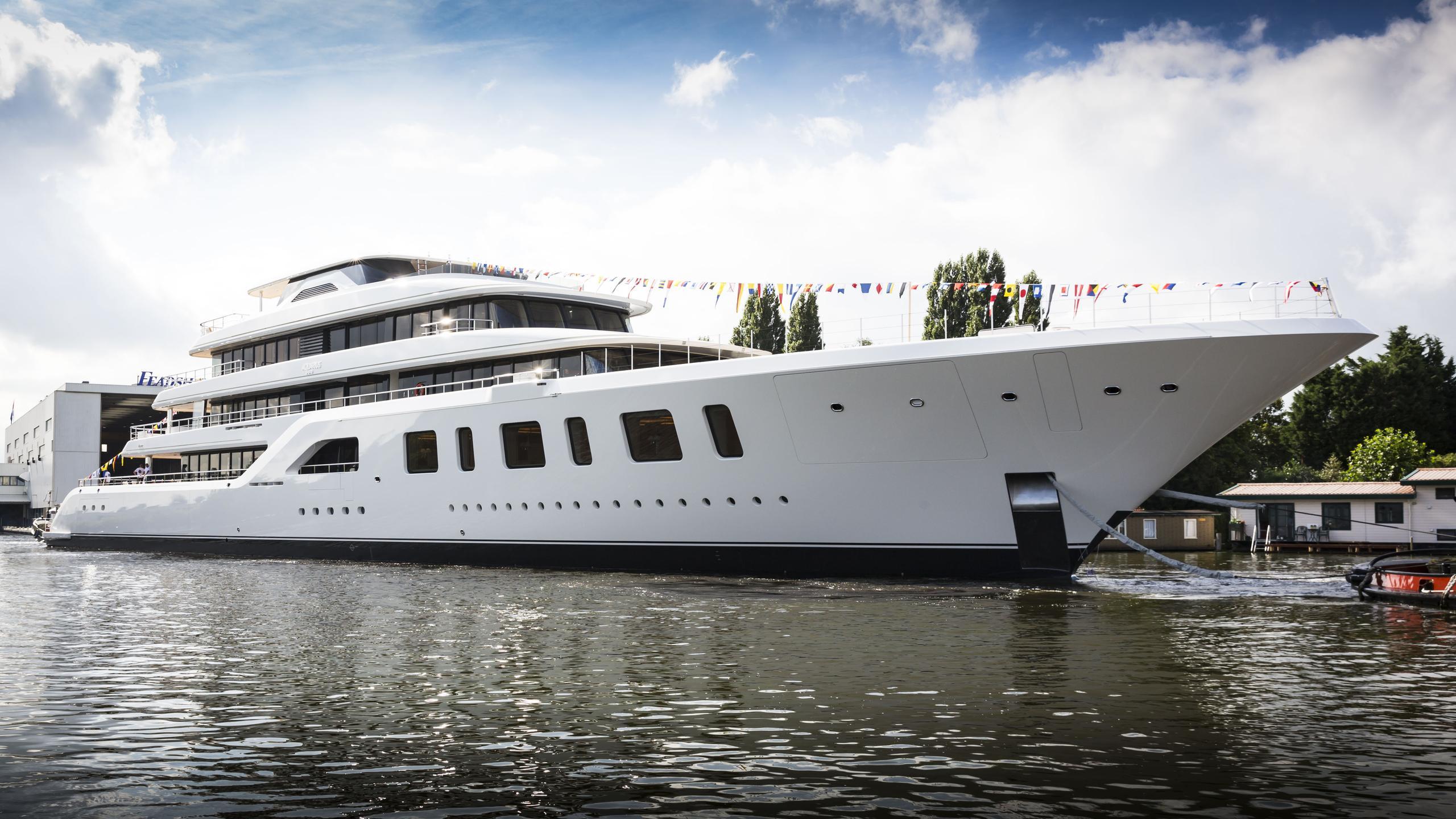 aquarius motoryacht feadship 2016 92m half profile launch