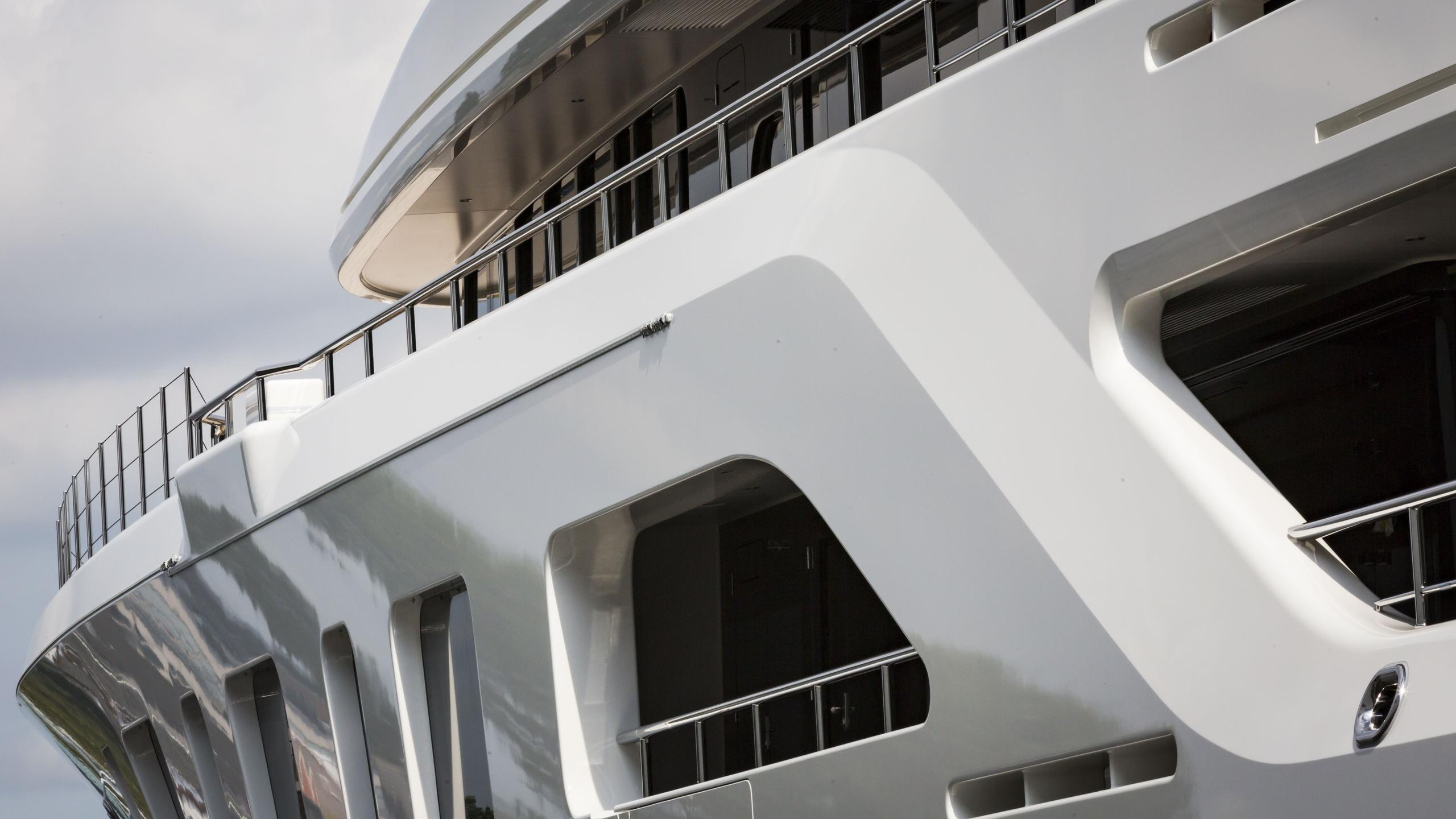 aquarius motoryacht feadship 2016 92m side details