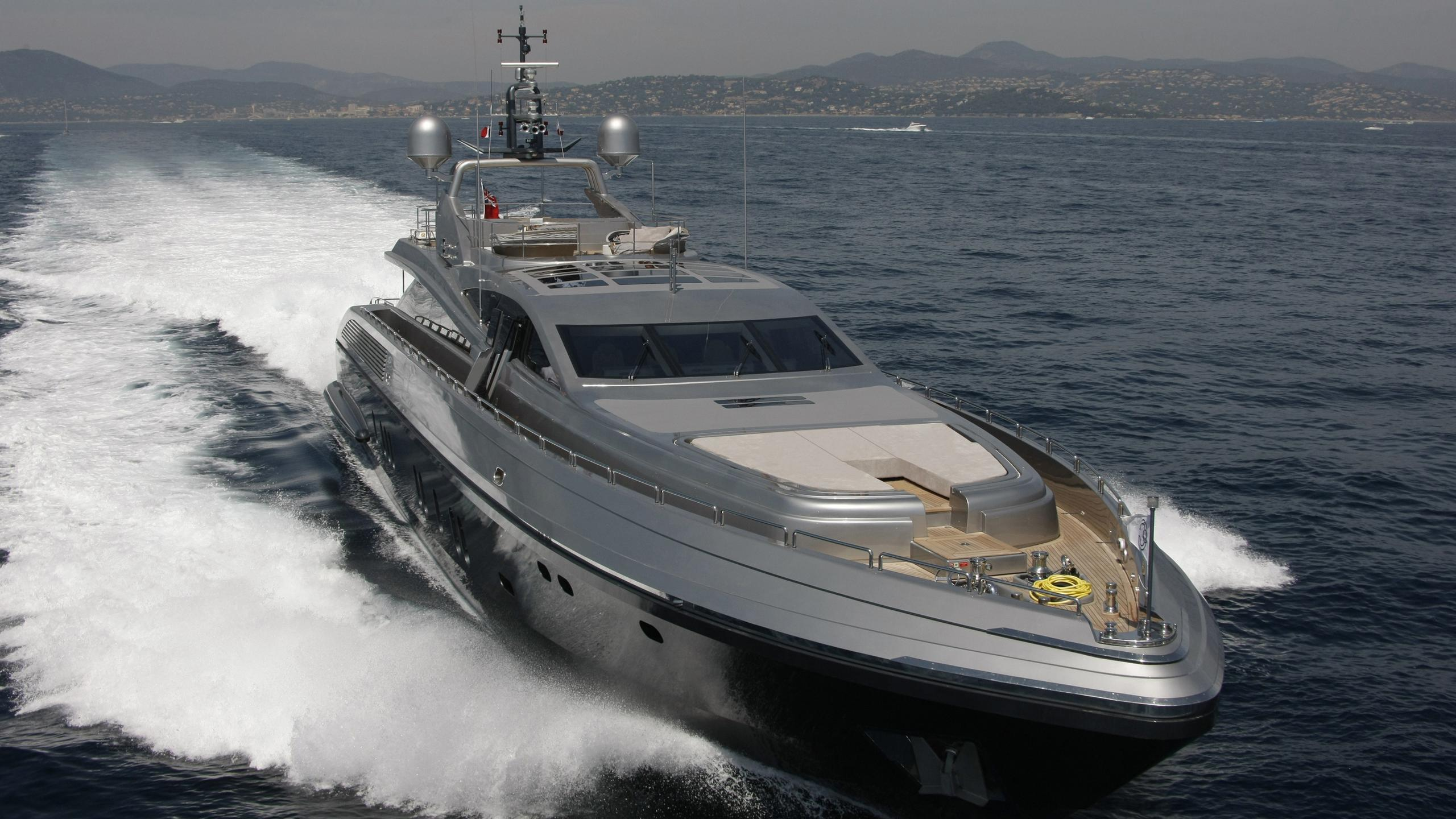 Flying Dagger yacht
