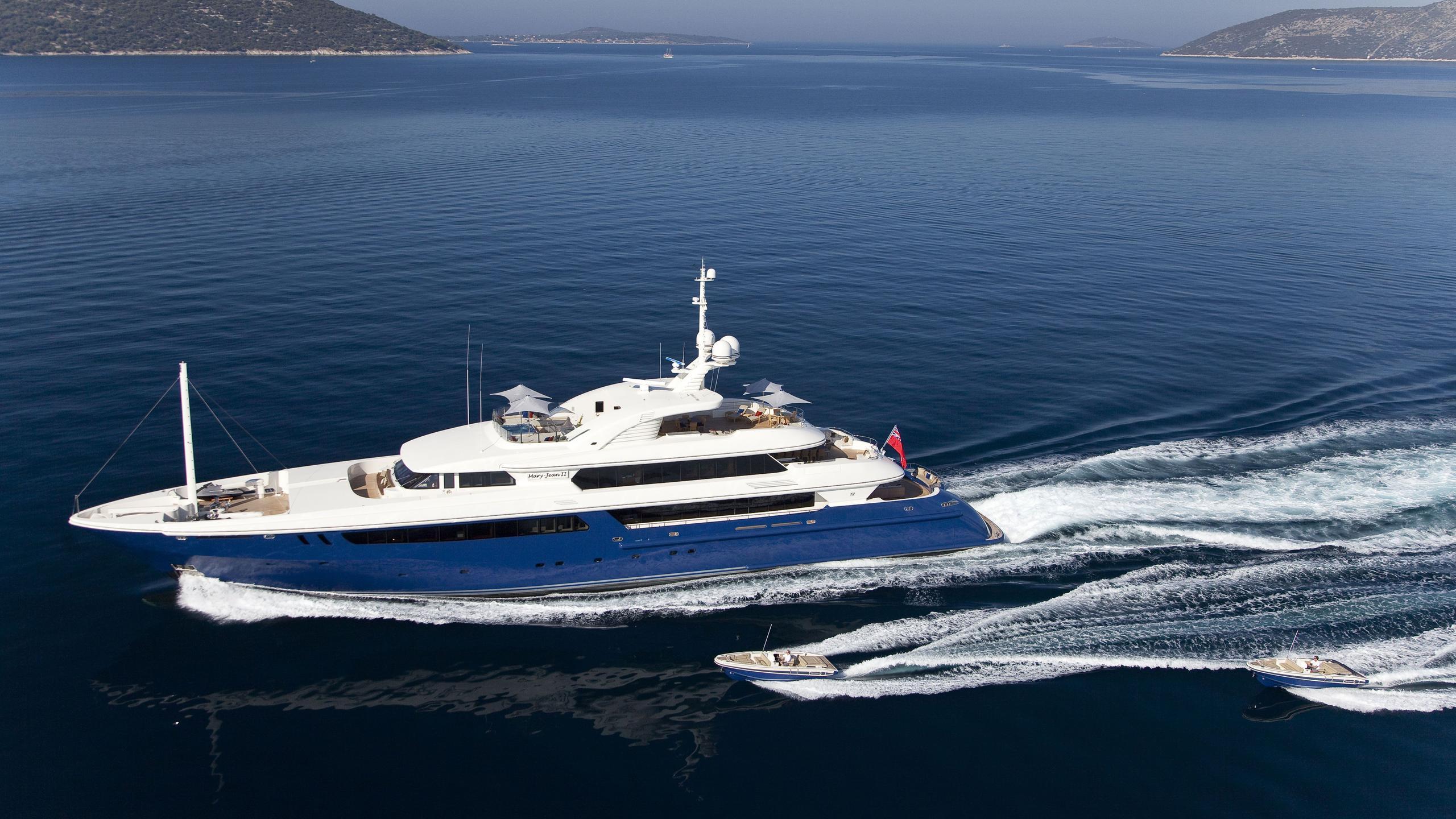 Mary Jean II yacht running