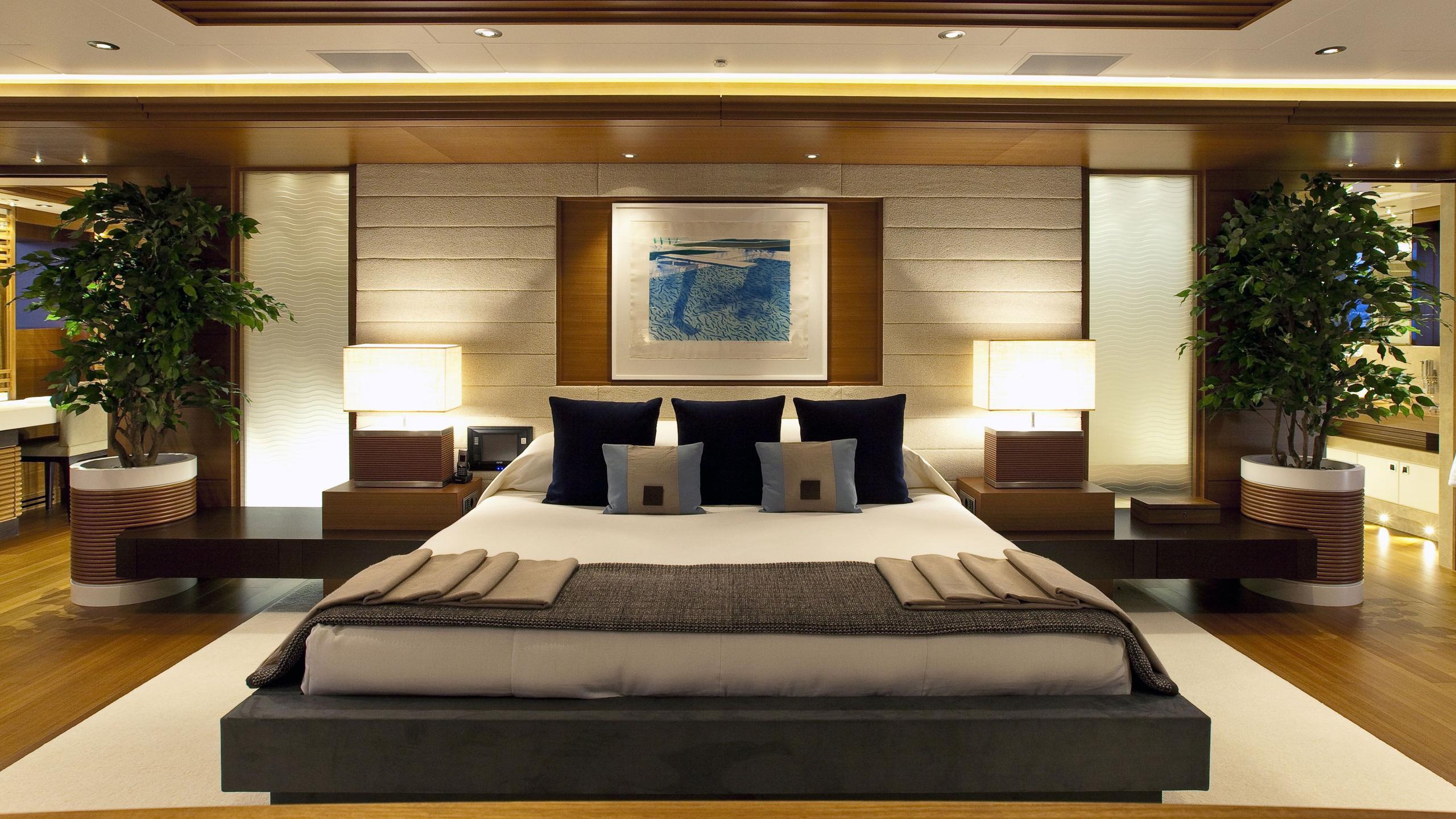 Mary Jean II yacht master cabin