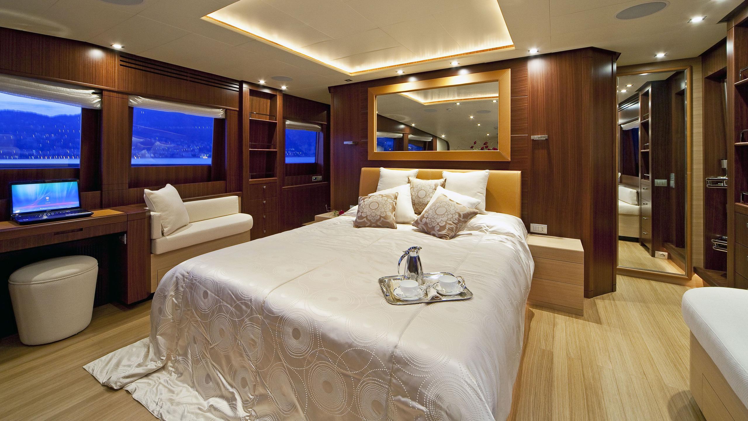 Soiree yacht main deck master statesroom