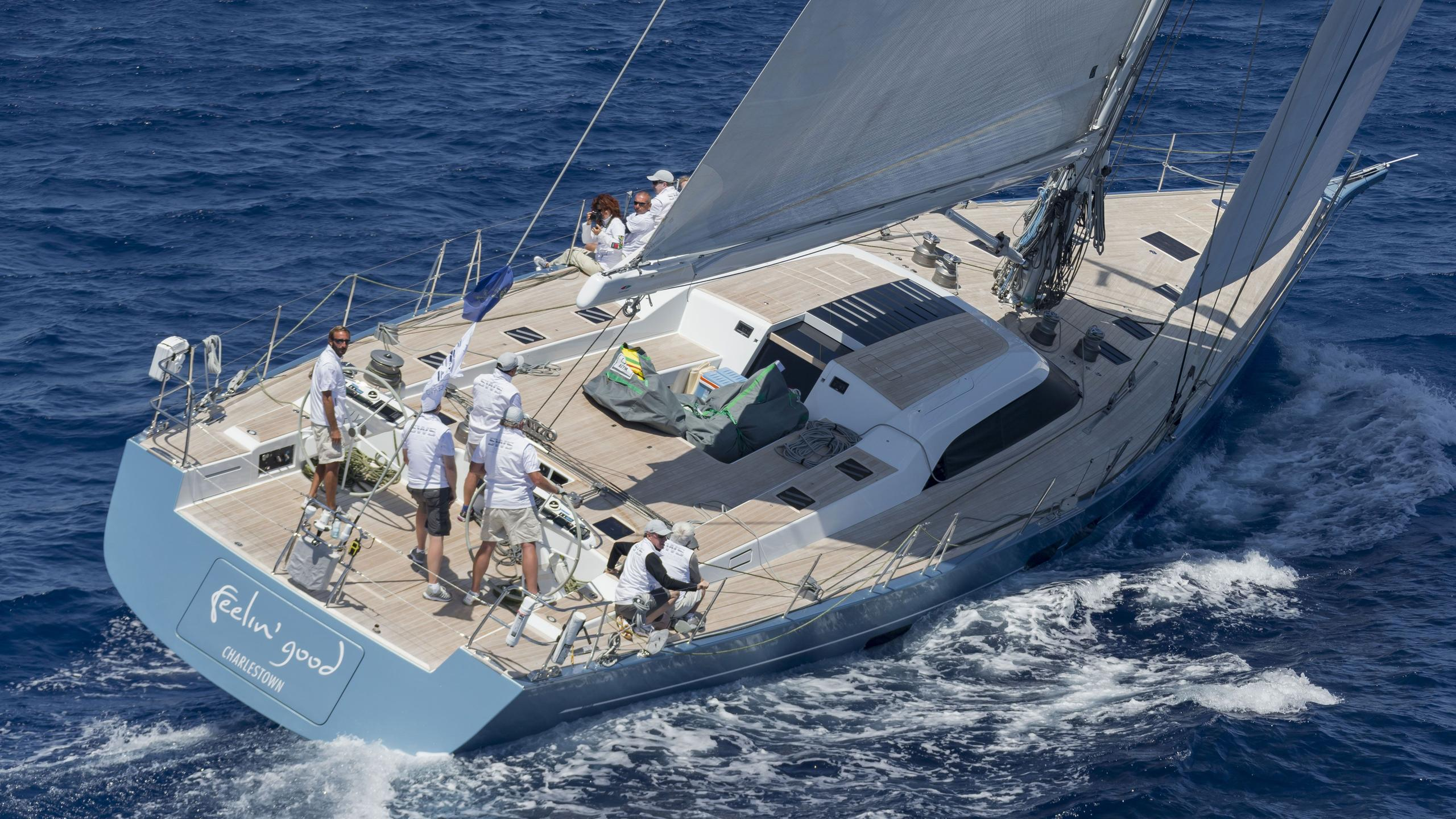 Feelin good sailing yacht running aft